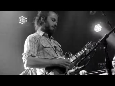 Yonder Mountain String Band  2016-03-18  Sister Golden Hair
