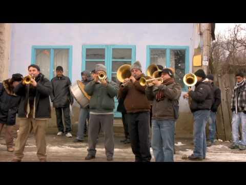 Rabbids Go Home Music - Vagabontu Brass Band