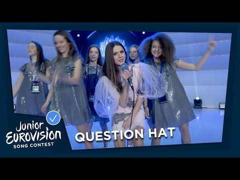 Question Hat 🎩 at the opening ceremony - Junior Eurovision 2018