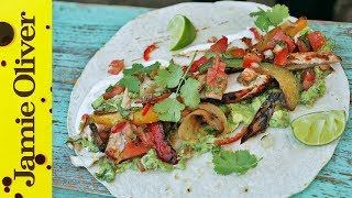 Bbq Chicken Fajitas With Spicy Guacamole | Dj Bbq