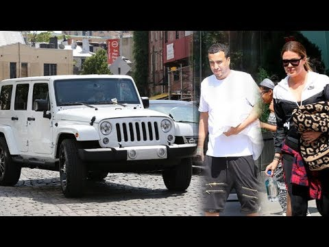 Khloe Kardashian Gets A Swanky White Jeep For Her 30th Birthday [2014]