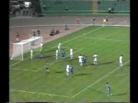 Bosnia - Faroes 1-0. Euro-2000 qualifiers. Deflected free-kick proved decisive
