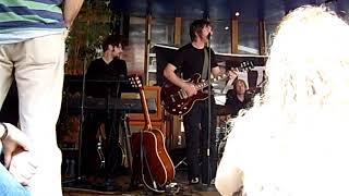 Moke - Emigration Song (7 juni 2010 Apeldoorn/ Gigant)