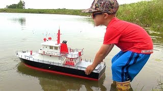 RC ADVENTURES - NEW Capt. MOE & the AquaCraft Rescue 17 Fireboat RTR 'SCALE BOAT'! #ProudParenting