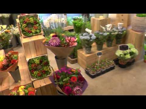 Голландия! Цветочный магазин внутри продуктового магазина. Неймеген, Nijmegen (Netherlands).