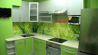 Дизайн кухни с вентиляционным коробом и выступом в углу - фото и идеи обустройства 8, 9,10 кв.метров