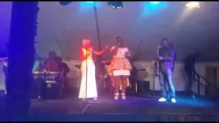 Claris motho chante bakake de mpongo love