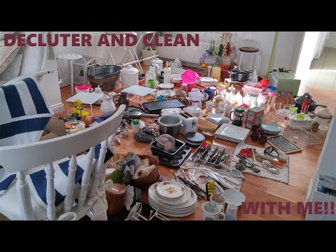 DECLUTTER & CLEAN WITH ME 2016 VLOG: KITCHEN
