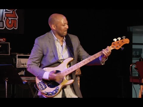 Bass Player Live! 2015: Louis Johnson Lifetime Achievement Award Presentation and Performance