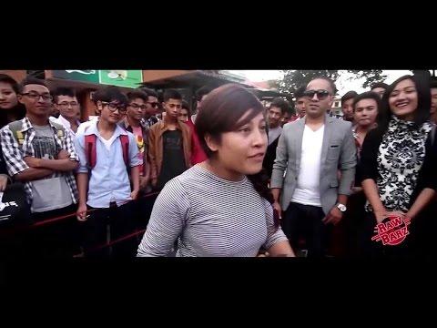 Tsamyun Vs Rhythms Up - Raw Barz (FEMALE RAP BATTLE) streaming vf