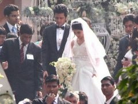 Ritesh Deshmukh & Genelia D'Souza's CHURCH wedding - YouTube