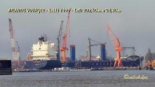 ATLANTIC VOYAGER V2AC6 IMO 9153410 container ship in Emden drydock im Emder Trockendock Dock
