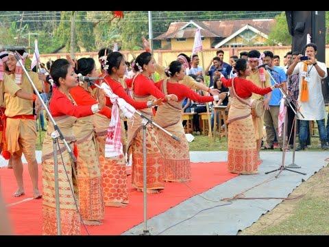 Gumseng bihu husori of tezpur university at jorhat engineering college JEC...YO Assam