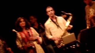 Azarine 6 Concert july 2011, wild jazz, Le Mariage d'Esther (by raminpariscope)
