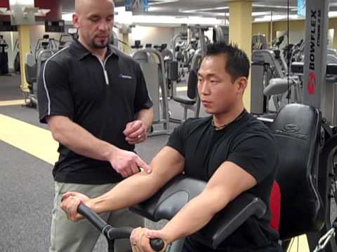 Biceps Curl With Preacher Curl Attachment