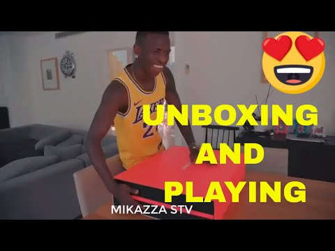 Vinicius junior unboxing and playing FIFA 2020