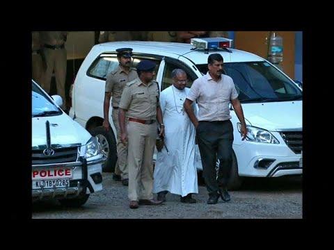 محكمة هندية ترفض الإفراج بكفالة لقس متهم باغتصاب راهبة مرات ومرات…