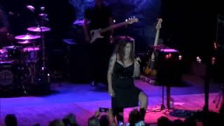 Beth Hart - Waterfalls (Live in Toronto)