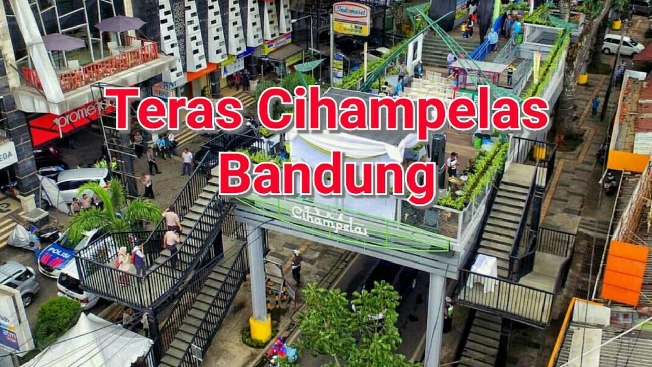 Teras Cihampelas Bandung (Skywalk Cihampelas) vlogpark #8