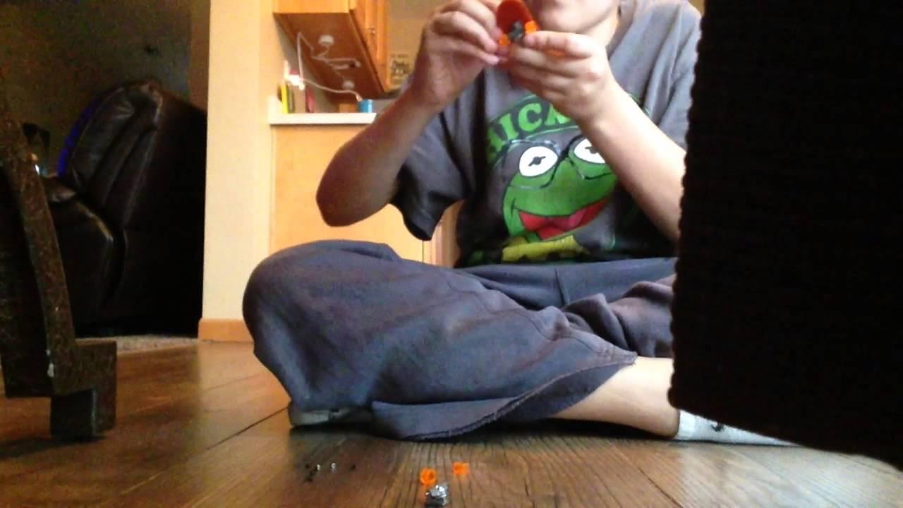 Tony Hawk Circuit Board Set Up Video Youtube Hexbugcircuitboard14