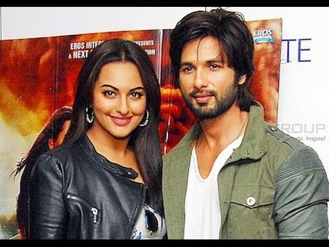 Shahid Kapoor & Sonakshi Sinha promoting 'R...Rajkumar' in Delhi Travel Video