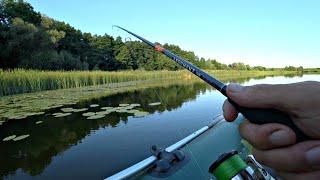 Окунь крупнее Щуки Азартные атаки на поппер в кувшинках Рыбалка на спиннинг