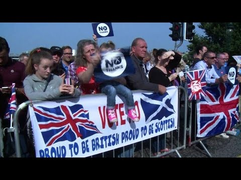 Thousands march for UK as Scotland vote nears
