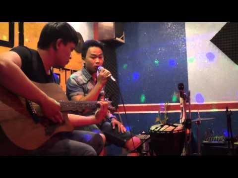 Buông tay lặng im cover by Hà Quốc Anh tại cafe Rùi acoustic 11-7-2015