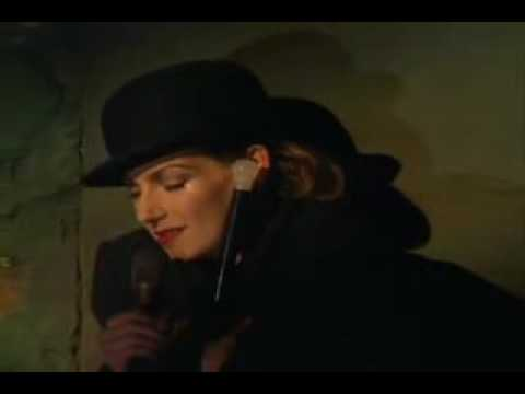 UTE LEMPER ~ German Version of Mack The Knife