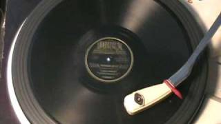 BOOGIE WOOGIE BLUE PLATE by Louis Jordan and his Tympany Five