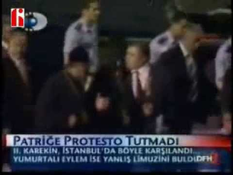 Catholicos of All Armenians Karekin II attacked by Turkish Demonstrators during visit to Istanbul