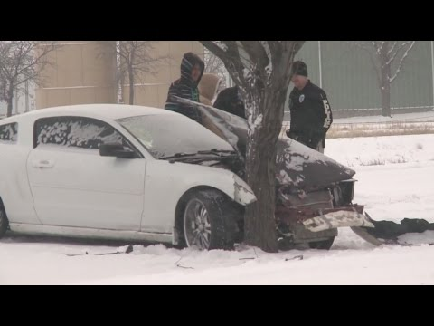 Snow and ice creates dangerous driving conditions in Roswell
