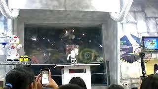 Dancing robot in tecnopark