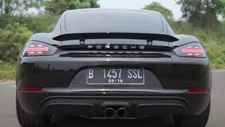 Communication Text Mid-Term Exam | Porsche 718 Cayman GTS 2018 Review and First Impression