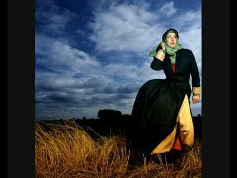 Kate Bush - And Dream Of Sheep