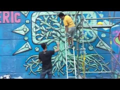 São Paulo underpass graffiti in action