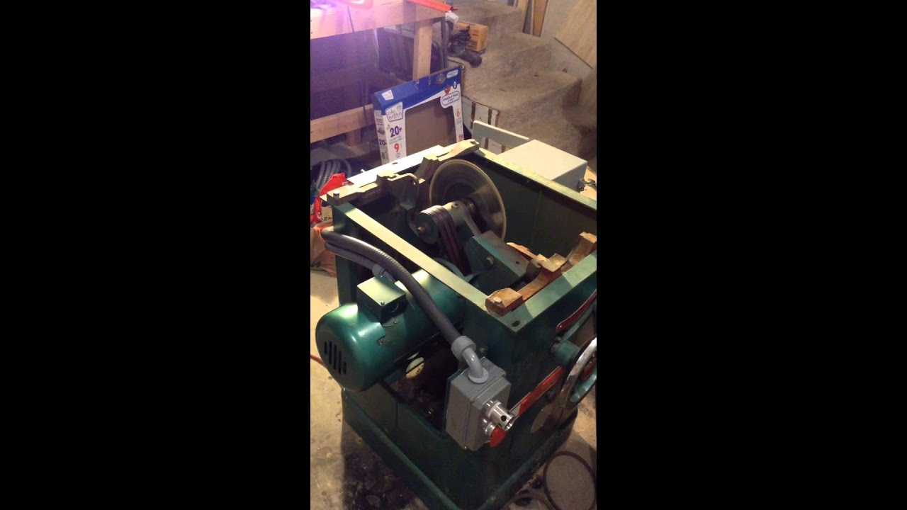 Powermatic 66 table saw with variable frequency drive starting