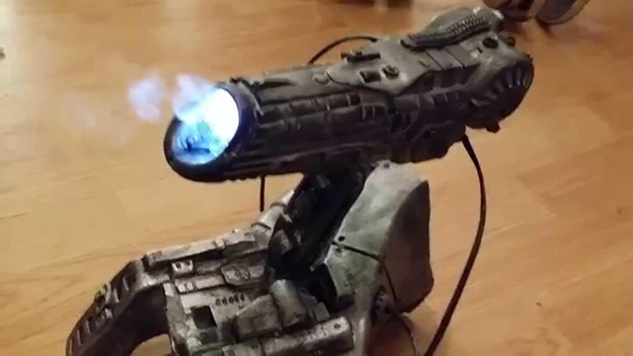 Predator animatronic Carlart Cannon - YouTube