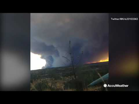Time-lapse shows wildfire smoke from massive Camp Fire in California