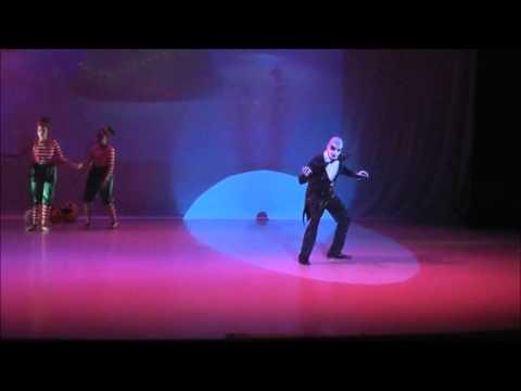 Que es? (El extraño mundo de Jack) -En Vivo- Musical 2013