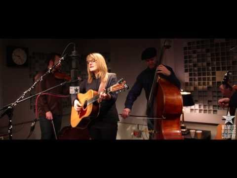 Claire Lynch - Dear Sister [Live at WAMU's Bluegrass Country]