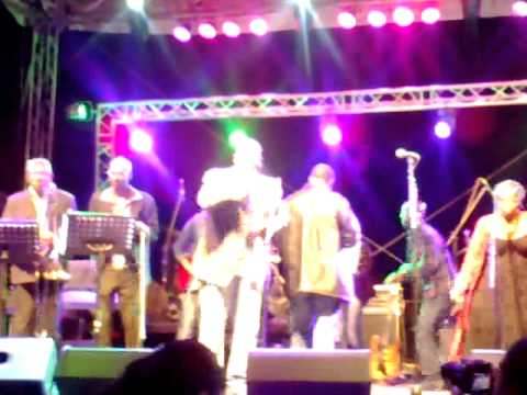 Ray Phiri & Thando The Soul Singer
