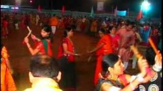 aaj no chandaliyo mune .........Gujrati Garba live by NAVANKUR