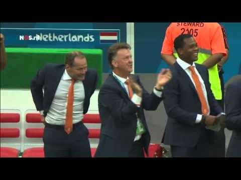 Danny Blind sees his son Daley Blind score a goal against Brasil