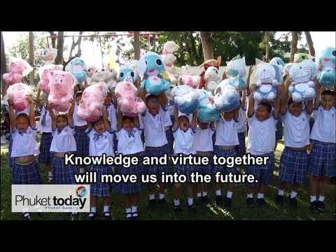 Phuket celebrates Children's Day 2015