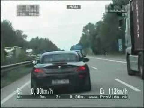 Bmw Z4 35is Vs Bmw 330d Provida Polizei In Zivil Youtube