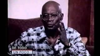 mundito espinal entrevistando cuco valoy en el programa de todo un poco