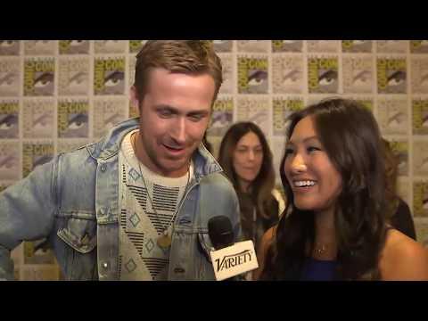 Harrison Ford pushes Ryan Gosling - Blade Runner 2049 - Comic Con 2017- Full Interview
