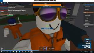 ROBLOX Prison Life-battle with prisoners and the police (en inglés)