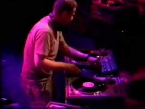 DJ Food aka Strictly Kev - DJ-Set On 4 Turntables '2000